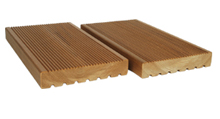 AntiSlip 26x140 mm, zadní strana rýhovaná - terasový, bazénový venkovní profil (obklad, decking)